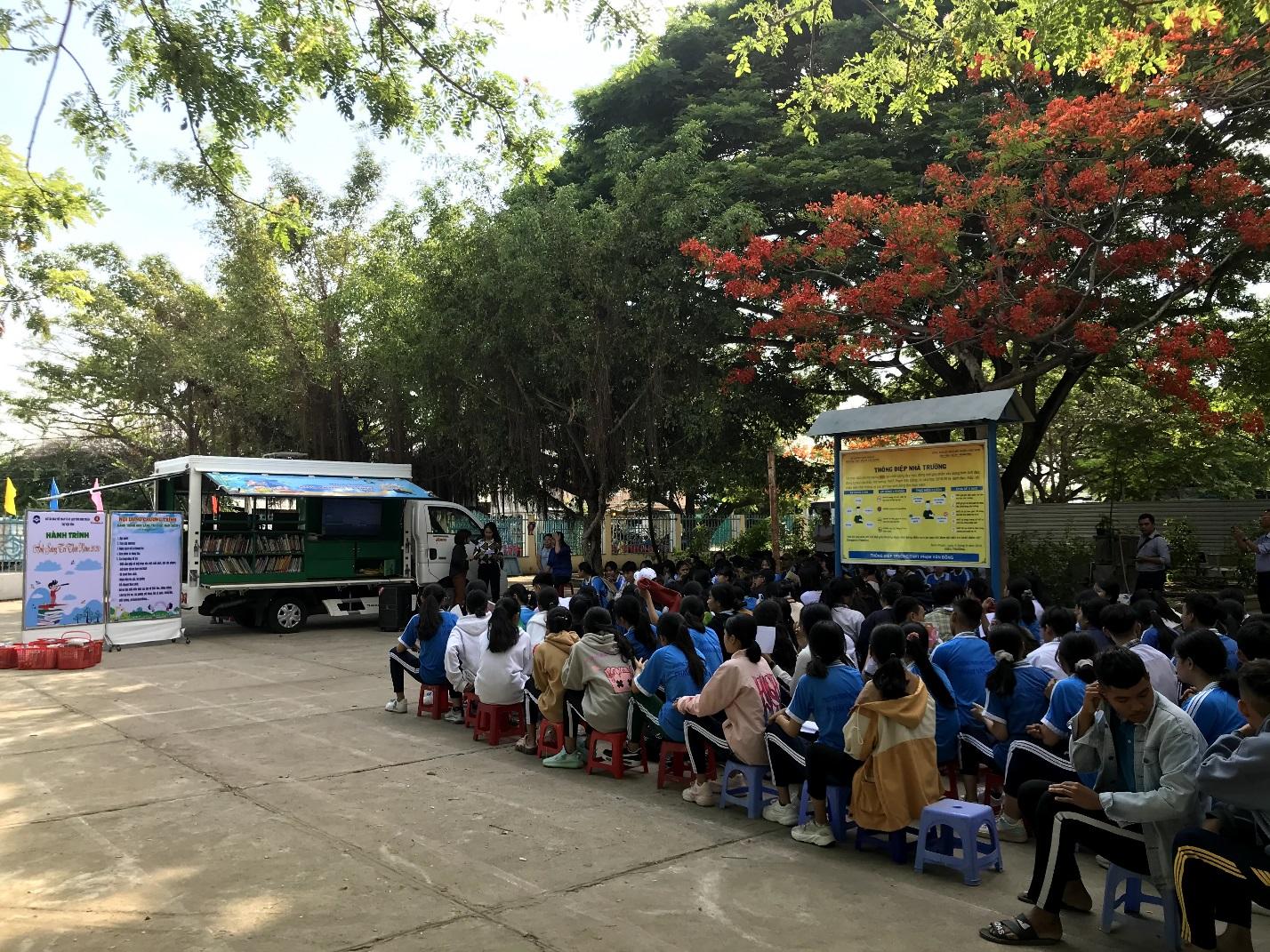 Hiệu quả từ Dự án Xe Thư viện lưu động phục vụ học sinh các vùng dân tộc khó khăn trên địa bàn tỉnh Ninh Thuận